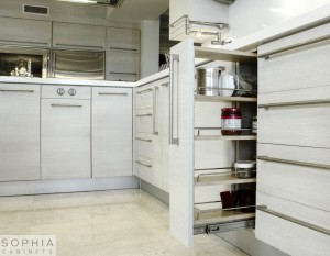 Laguna_Beach_Kitchen_Sophia_Modern_Cabinets_in_Silver_Sand00003