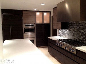 Laguna_hills_Kitchen_Sophia_Cabinets_in_Palissandrio_Walnut_and_Oregon_Pine00006